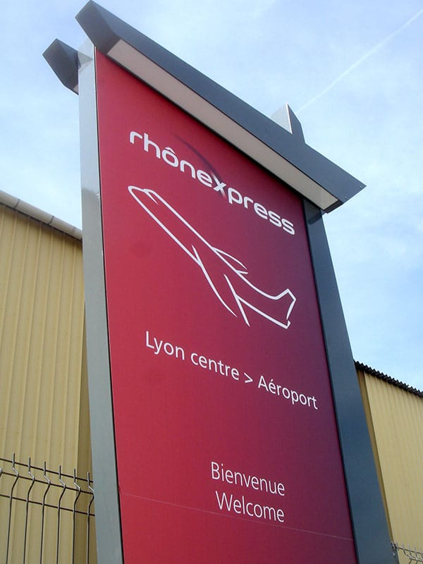 Panneau du Rhône Express, imprimé stratifié