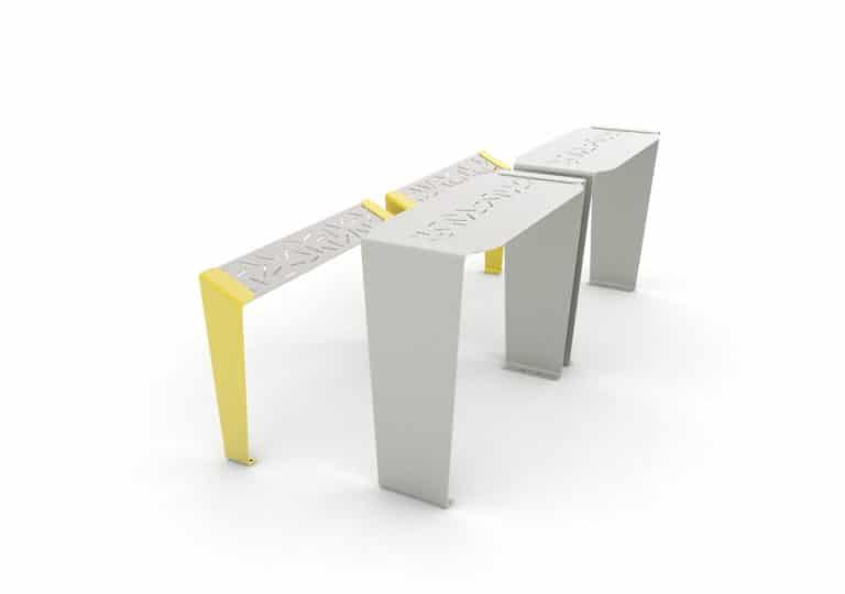 Deux tables bar LUD grises avec leurs assis-debout LUD jaunes