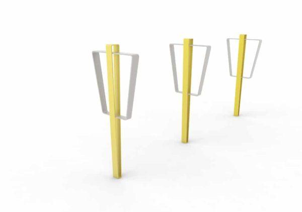Trois bornes à vélo LUD jaunes