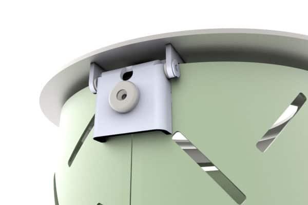 Vue de près sur la charnière de la corbeille LUD verte
