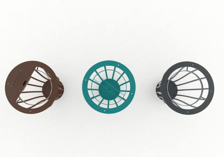 Les trois modèles de corbeilles Vigipirate vase TUB : une modèle cendrier marron, une modèle tri bleue et une simple grise