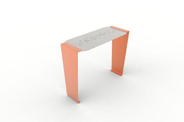 Une table bar LUD orange
