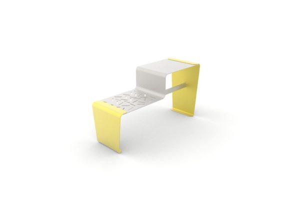 Une table gigogne LUD jaune
