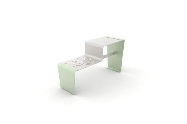Une table gigogne LUD verte