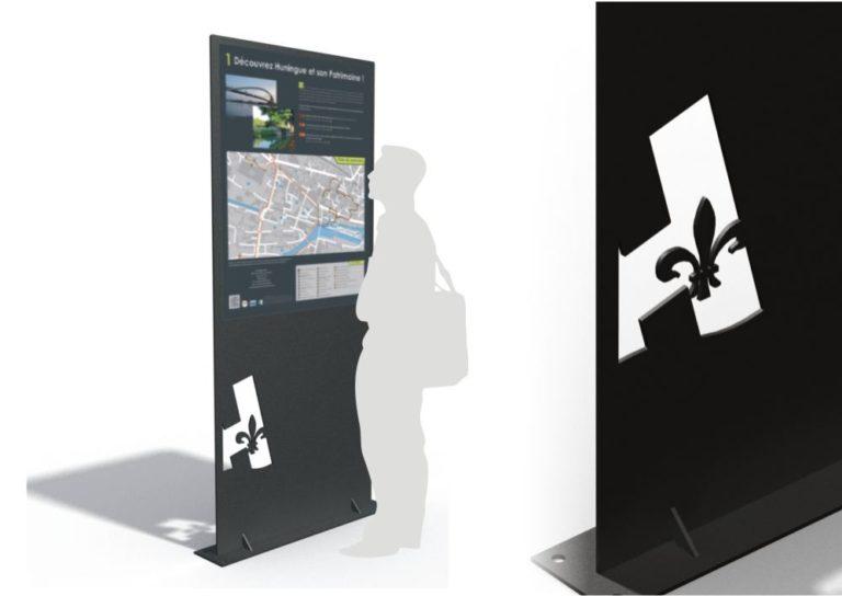 Un totem ICARE noir avec des informations sur la ville d'Huningue. À droite, un zoom sur le motif découpé au laser.