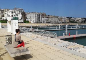Polymobyl a réalisé des bancs en bétons et des corbeilles Marina pour la Marina de Tanger