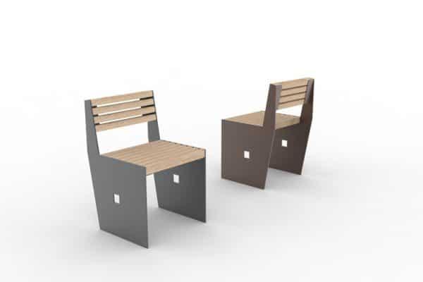 Deux chaises CUB : une grise à gauche et une marron à droite