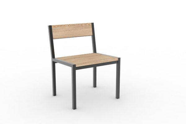 Une chaise PUR classique vue de face