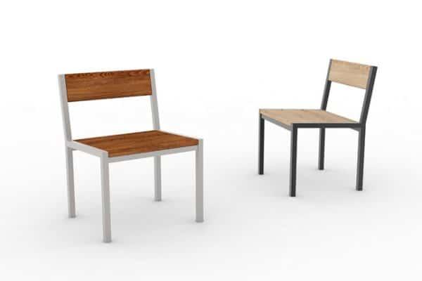 Deux chaises PUR : une haut-de-gamme à gauche et une classique à droite