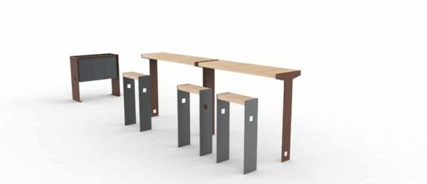 Deux tables bar et ses assis-debout, accompagnés d'une corbeille de tri CUB