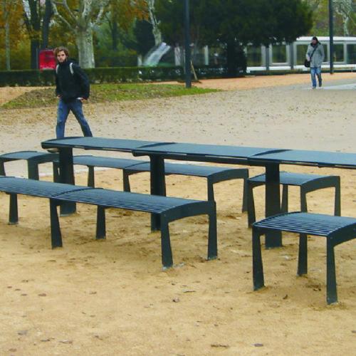bancs et tables urbaines espace public collectivités par polymobyl